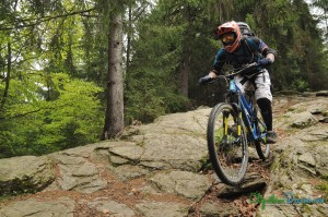 enduro-riding