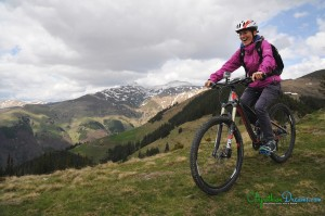 mountain-biking-with-joy